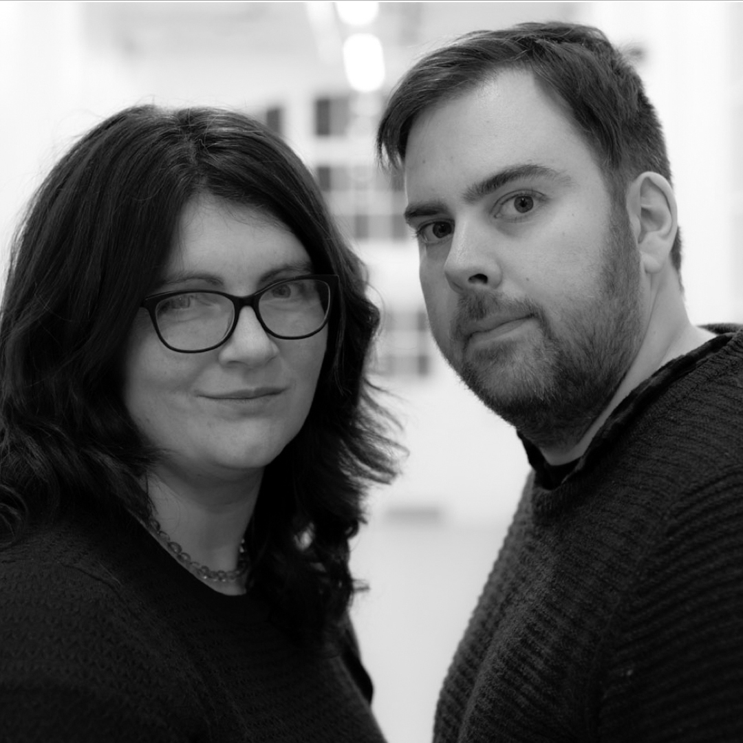 Dave and Nell Thomas aka MrsandMrThomas